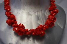 STUNNING VINTAGE  MOLDED CELLULOID PLASTIC  RED ROSES FLOWER  NECKLACE