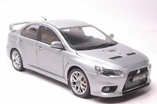 Mitsubishi Lancer Evo 10-BBS car model in scale 1:18 silver