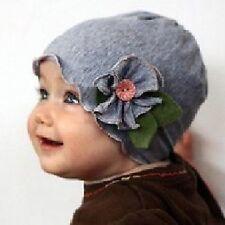 Baby Kinder Mütze mit Blume Blüte Blätter Knopf Baumwolle GRAU Baumwollmütze NEU