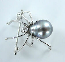 SPIDER PIN BROOCH 14K WHITE GOLD DIAMOND BLACK PEARL VINTAGE COLLECTORS INSECT