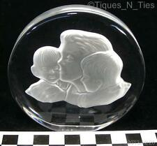 1979 Beautiful Crystal Sculpture Paperweight Mother Boy Girl Design Signed (FF)