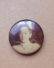 ANTIQUE CELLULOID SEPIA MOURNING PHOTOGRAPHIC BUTTON PIN YOUNG GIRL
