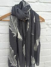 Pretty Grey Cream Feather Leaf Ladies Scarf Pashmina Wrap Shawl