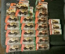 MATCHBOX TOYOTA LAND CRUISER LOT OF 20 two colors with POWER GRABS box