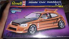 Revell Honda Civic Hatchback 2n1 tuner 1/25 KIT Model Car Mountain KIT FS