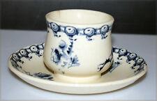 GIEN, petit pot ancien en porcelaine opaque