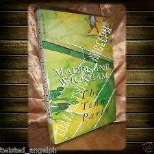 Book for Sale: The Tennis Party by Madeleine Wickham