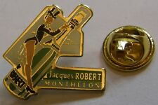 Pin's CHAMPAGNE Jacques ROBERT MONTHELON pin up bouteille