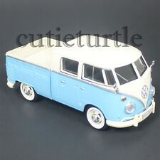 Motormax Volkswagen Type 2 T1 Delivery Pickup Truck 1:24 79343 Light Blue Cream