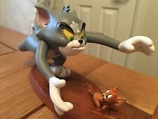 ULTRA RARE TOM AND JERRY CATCH ME WARNER BROS COLLECTIBLE STATUE NEW IN BOX