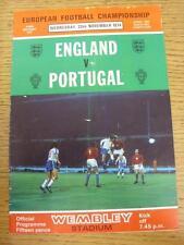 20/11/1974 angleterre/portugal [à wembley] (plié). cet objet est en très bon c