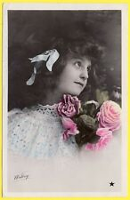 cpa FANTAISIE BELLE JEUNE FILLE PHOTO LITTLE BEAUTY YOUNG GIRL fleurs flowers