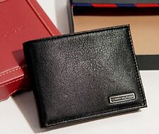 Tommy Hilfiger Men's Bifold Black Leather Passcase Wallet  - Black