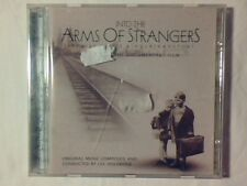 COLONNA SONORA Into the arms of strangers cd LEE HOLDRIDGE COME NUOVO LIKE NEW!!