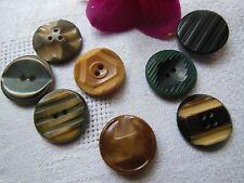 lot boutons anciens en corozo diamètre: 1,6 cm à 1,8 cm ref 739