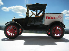 1918 FORD MODEL T -  RUNABOUT RCA TRUCK ISSUED IN 1988, WITH ORIGINAL BOX