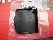 Ford Mondeo MK2 96-2000 Nuevo N/s f/jack punto Cover Assy Genuine Ford parte