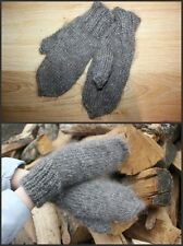 100% wool goats. handmade. very warm. Russian traditional mittens