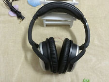QC2 QuietComfort2 headphones  Acoustic Noise cancelling & carrying case - Silve