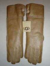 NWT UGG SHEARLING UGG BAILY GLOVE M,Gold, NWT