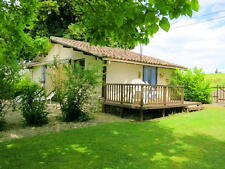 Self Catering Holiday Cottage in South West France with Pool & WiFi