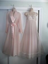 VINTAGE VAN RAALTE NIGHTGOWN & JONES NEW YORK ROBE~LT. PEACHY PINK~SIZE SMALL