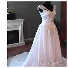 Venus wedding dress NWT! White Satin SZ 10/Ivory SZ 4