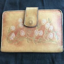 Vintage Embossed Hand Tooled Bi-Fold Leather Wallet WOMENS FLORAL SNAP CLOSE