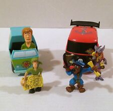 Scooby-Doo Pirate Van Pull Back Car 3 Figures Shaggy Fred Daphne