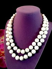 LOVELY 50'S CROWN TRIFARI DOUBLE STRAND GRADUATED FAUX PEARL GOLD BEAD NECKLACE