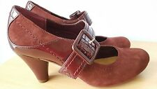 Ladies Clarks Rust colour nubuck Mary Jane court shoes size 4.5/5  E Width