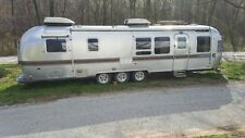 34ft 1982 Airstream Limited triple axle