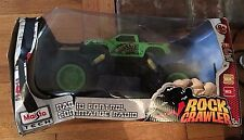 NEW MAISTO TECH R/C RADIO CONTROL 4X4 ROCK CRAWLER GREEN BIG OFF-ROAD TIRES NIB