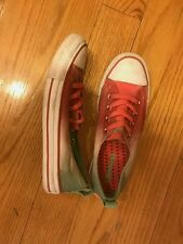Converse sneakers good condition  US  size 6