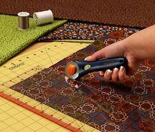 Rotary Cutter Large Cutting Mat Set Clear Acrylic Ruler Measuring Grid Fiskars