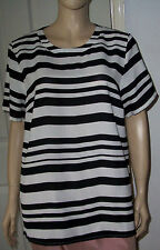New LABEL BE White & Black Stripe Short Sleeve Top Size: 18 BNWT   c13