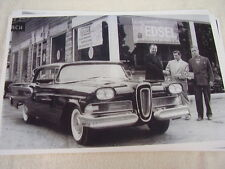 1958 FORD EDSEL OUTSIDE DEALER NEW OWNER ?  11 X 17  PHOTO  PICTURE