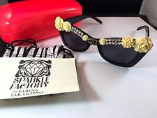 NEW IN CASE TARINA TARANTINO BLACK CREAM FLORAL SPARKLE FACTORY FIORE SUNGLASSES