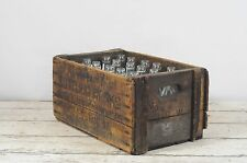Antique Sanitary Bottling Works Crate 24 Aqua Horse Head Glass Bottles Soda Pop
