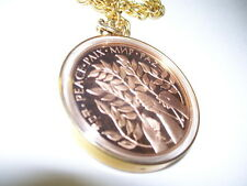 PEACE MEDALLION W/ UNITED NATIONS COIN ENCASED CHAIN NECKLACE 1979
