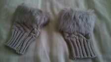 Beige gloves, open fingers with fur trim, brand new