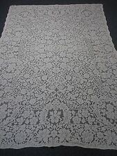 "VINTAGE IVORY QUAKER LACE TABLECLOTH with FLOWERS 70"" X 100"" ~ SO PRETTY"