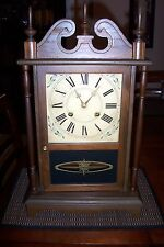 ANTIQUE VINTAGE SEHWA MANTEL SHELF WALL CLOCK WOOD RUNS WELL