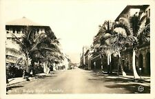 c1940 RPPC Postcard H-61 Bishop Street Scene Honolulu Hawaii KH Ltd Unposted