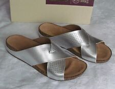 NEW Clarks Artisan Ladies Perri Cove Silver Leather Mule Sandals Size 5.5 D