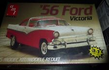 AMT 1956 FORD FAIRLANE VICTORIA VINTAGE 1/25 Model Car Mountain KIT FS 3N1