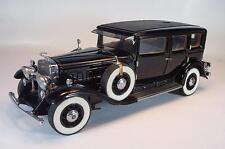 Franklin Mint 1/24 Cadillac V16 LWB Imperial Sedan Al Capone mit Zubehör #2346