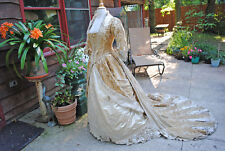 ANTIQUE DRESS 1881 VELVET 1PC WEDDING GOWN DRESS TRAIN MUSEUM DE-ACCESSIONED