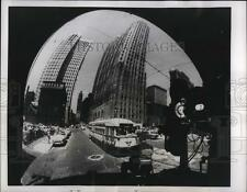 1952 Press Photo Wide-angle camera gives a view of a street in Detroit, Michigan