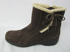 Very Good Clarks 11 Brown Suede Leather Boots Sherpa Trim Side Zip Casual Winter